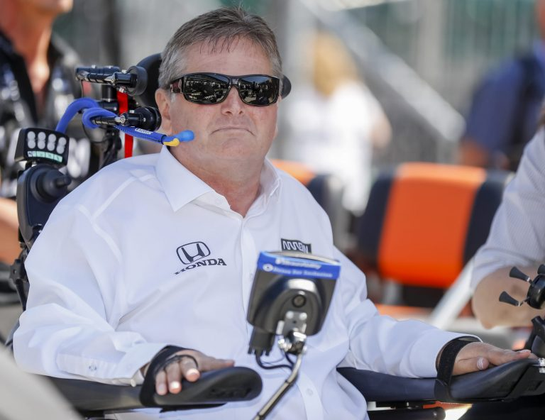 Read more about the article Indy 500: Sam Schmidt talks Vuse initiative, helping disabled veterans