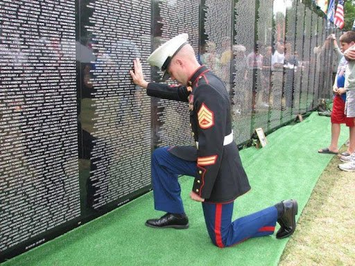 You are currently viewing The Vietnam Veterans Memorial Replica Wall